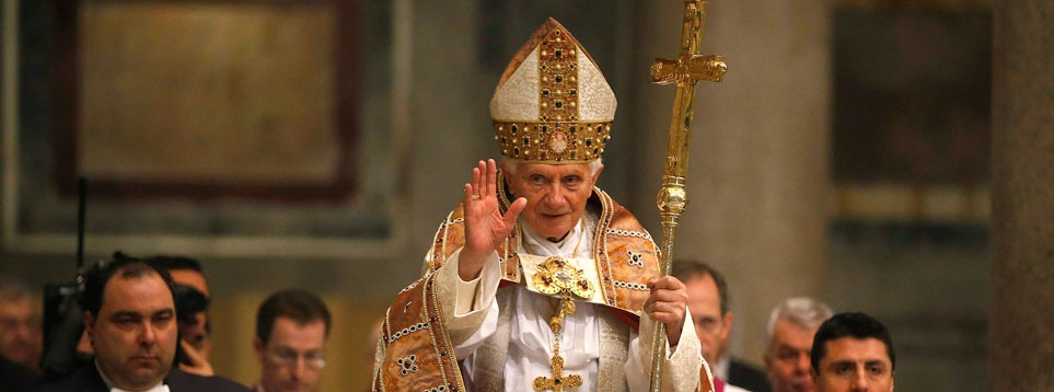 Sorpresa mundial: El papa Benedicto XVI anunció que el 28 de febrero renuncia a su papado.