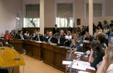 Scioli dio el ok a la readecuación de los HCD