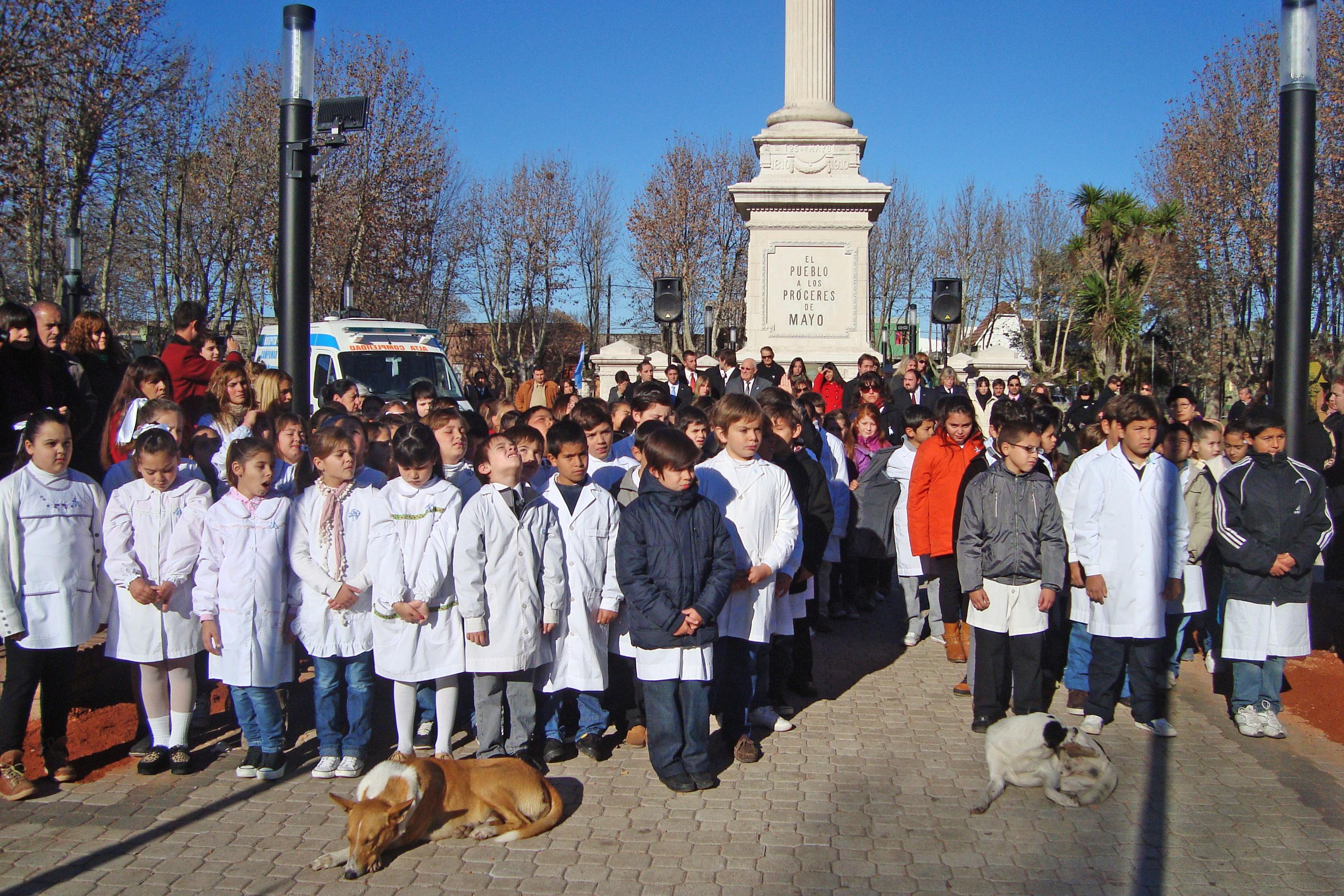 Se vivieron emotivos actos en Chascomús y Ranchos por el Día de la Bandera