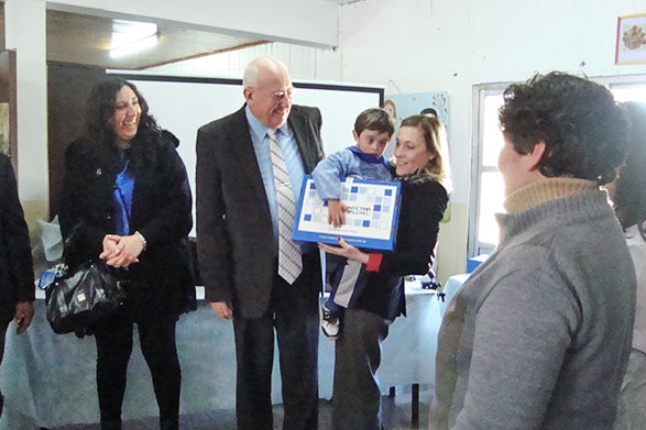 Se entregaron 143 netbooks más en el distrito