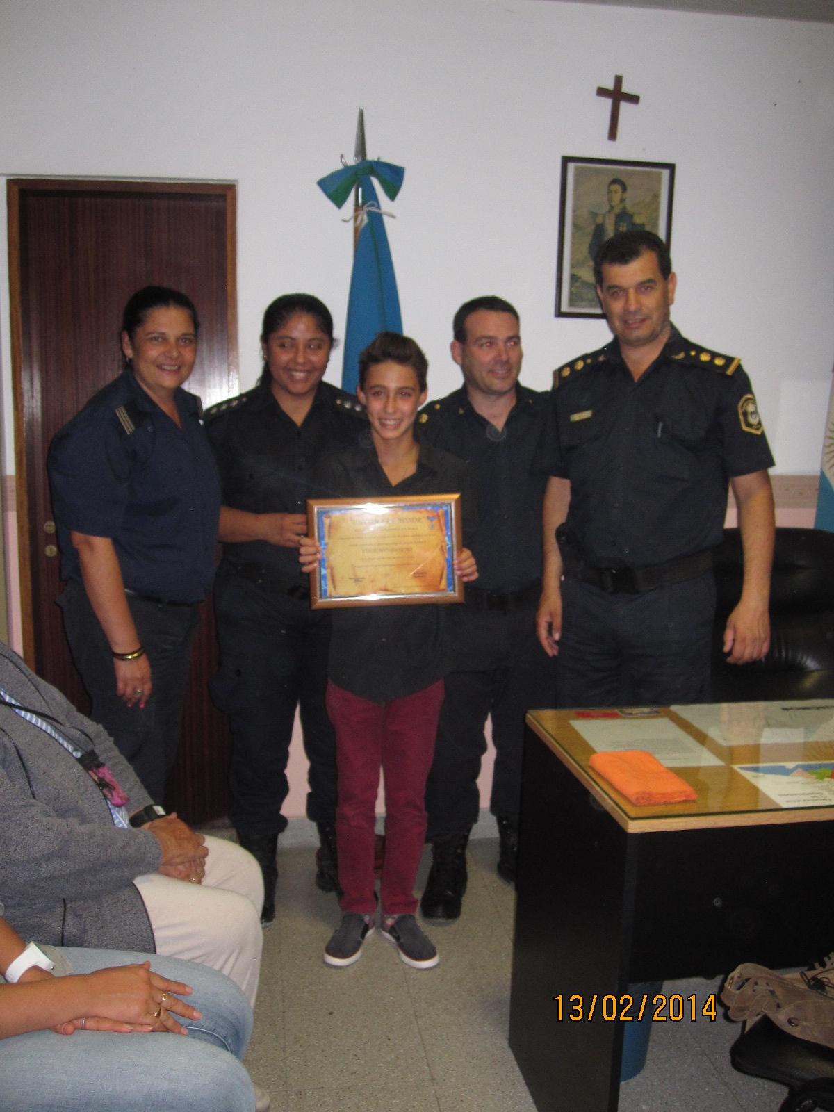 Reconocimiento a Matías Castro por parte de la Policía Comunal General Paz