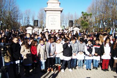 """Con mucha concurrencia se vivieron los actos oficiales por el """"Día de la bandera"""" en Ranchos"""