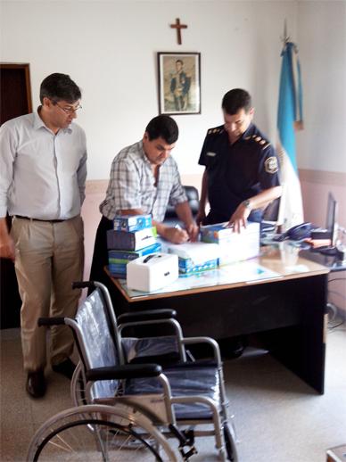Donación de la Policía al Hospital Campomar