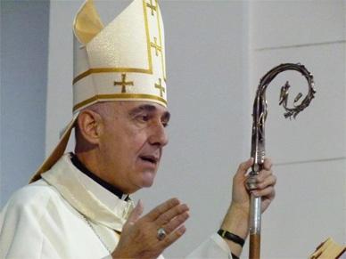 Mons. Malfa fue designado secretario general de la Conferencia Episcopal y viaja al Vaticano a reunirse con Francisco