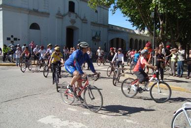 Ya partió desde Ranchos la XXIXº Peregrinación Ciclista a Luján