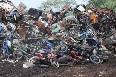 DESTRUCCION DE 102 MOTOS Y CUATRICICLOS  SECUESTRADOS HACE MÁS DE UN AÑO POR INFRACCIONES EN CHASCOMÚS