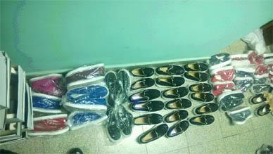 La Policía Comunal de Ranchos incauta nueve (9) bolsas de consorcio conteniendo zapatillas, sandalias, ojotas, zapatos y ropa varias con la inscripción de marcas de primera línea.