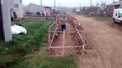 """Ranchos: Cordón cuneta en el barrio """"Néstor Kirchner"""""""