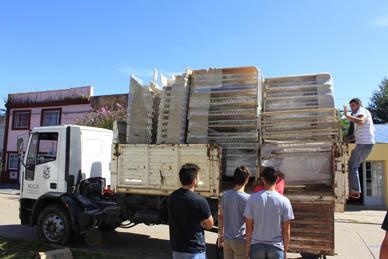 Ranchos: Nuevo mobiliario para 150 alumnos de la Escuela Media Nº 2
