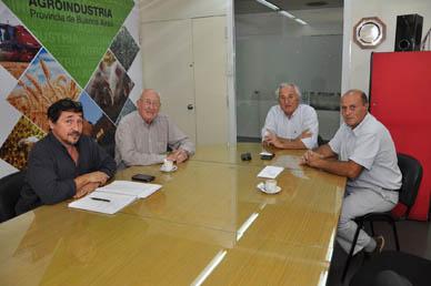 VERAMENDI Y ELICHABE SE ENTREVISTARON CON AUTORIDADES DEL MINISTERIO DE AGROINDUSTRIA DE LA PROVINCIA