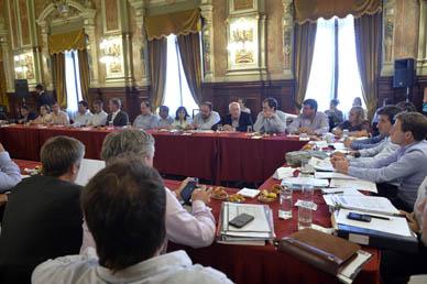 IMPORTANTE REUNIÓN SOBRE FUTURAS OBRAS MANTUVIERON LAS AUTORIDADES DE GRAL. PAZ
