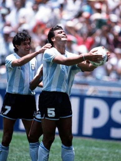 A horas de otro fracaso de la selección nacional en una final: Se cumplieron 30 años del título en Méjico '86 y el golazo del Tata Brown