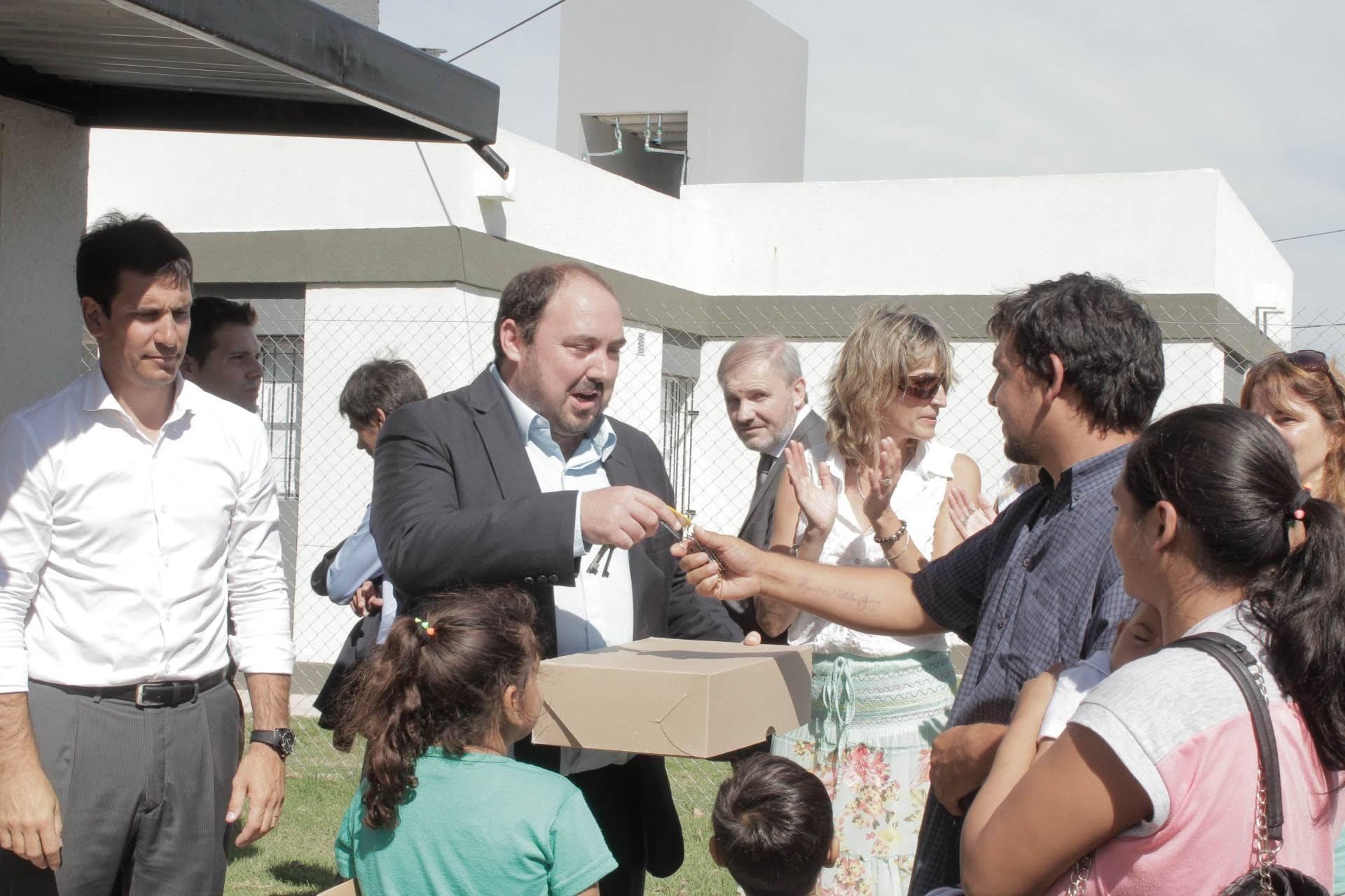 RANCHOS: NUEVA ENTRAGA DE VIVIENDAS DEL PLAN PROCREAR