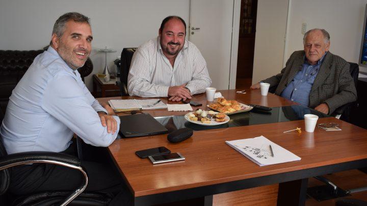 Gral. Paz: El intendente Alvarez fue recibido por el Escribano General de Gobierno Marcos Rospide