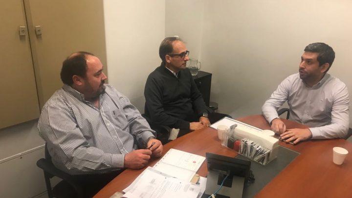 Municipalidad de General Paz: En la Defensoría del Pueblo, el intendente se reunió con representantes del organismo y de la empresa Claro.