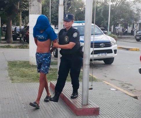 Informe de la Policia Comunal de Gral Paz: DETIENEN A UN MENOR ACUSADO DE DOS HECHOS DE ABUSO SEXUAL, COMETIDOS EN LOCALIDAD VECINA