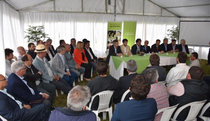 General Paz adhirió a inédita resolución provincial que ordena la aplicación de fitosanitarios