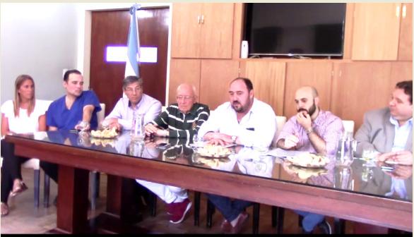 Ranchos: El ejecutivo municipal firmó contrato para la instalación de un tomógrafo en el Hospital Campomar