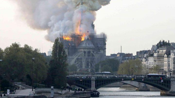 Incendio en Notre Dame: Macron quiere reconstruir la catedral en 5 años