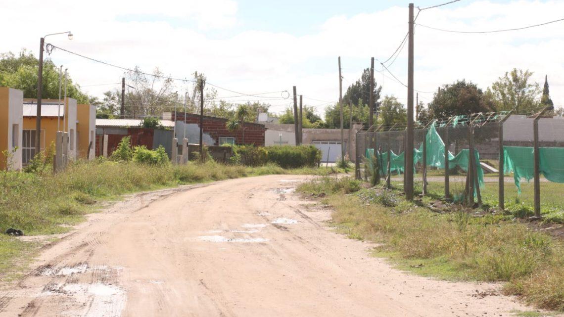 Municipalidad de General Paz: Pavimento y más servicios en calle Betbezé entre Belgrano y Rivadavia