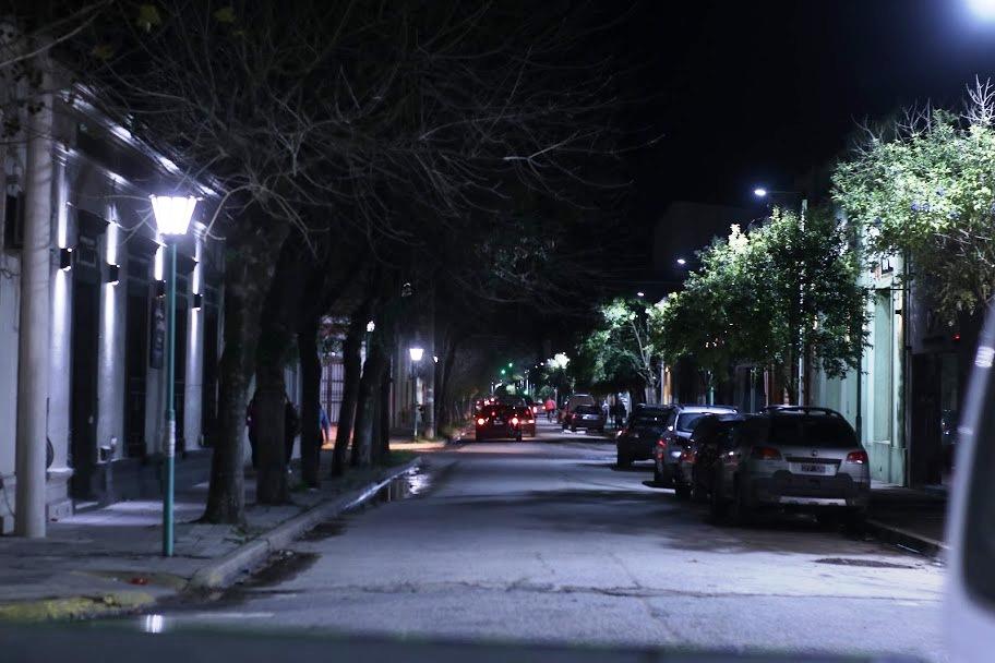 Municipalidad de General Paz: DESDE EL PASADO VIERNES FUNCIONAN LAS  NUEVAS LUMINARIAS.