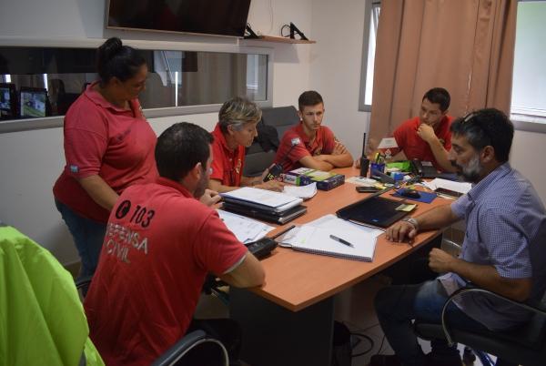 CHASCOMÚS: LA GRAN CANTIDAD DE AGUA CAÍDA EN TAN POCO TIEMPO COMPLICÓ LA ACCESIBILIDAD EN VARIOS SECTORES DE LA CIUDAD
