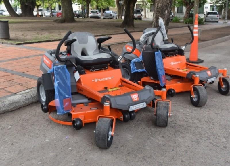 CHASCOMÚS: Adquirieron dos tractores destinados al mantenimiento de espacios verdes