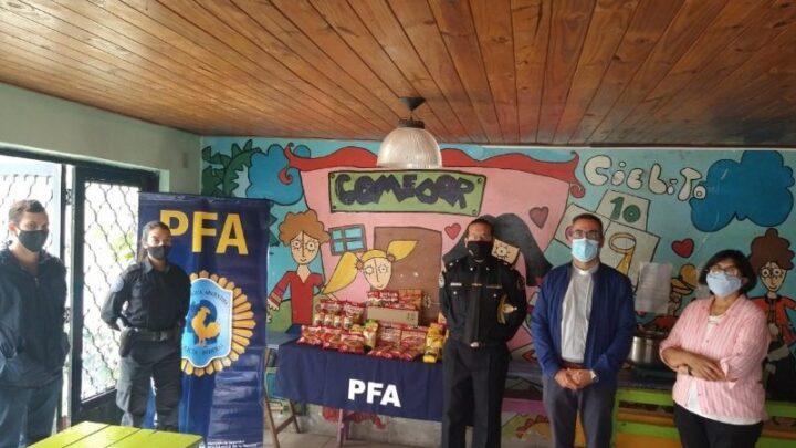 CHASCOMÚS: Policía Federal hizo una donación al comedor y merendero «San Luis Orione»